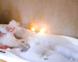 como preparar un baño con espuma