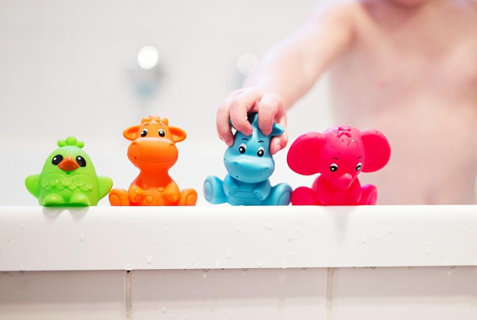 juguetes para la bañera