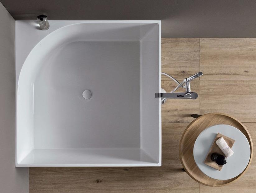 bañera cuadrada