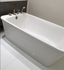 bañera rectangular