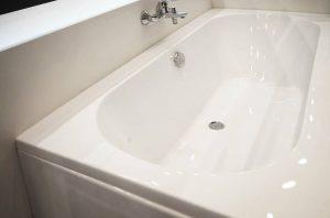 bañera acrílica